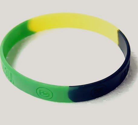 3Paragraph Colour Matching Silicone Bracelet