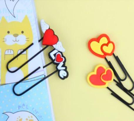 Love shape Paper Clips